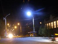 На улицах Луганска появились светодиодные светильники LED-SU-24