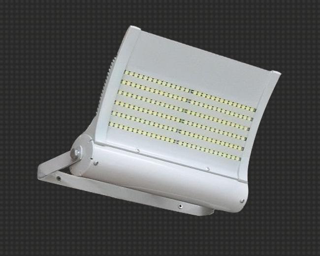 Фасадный светильник